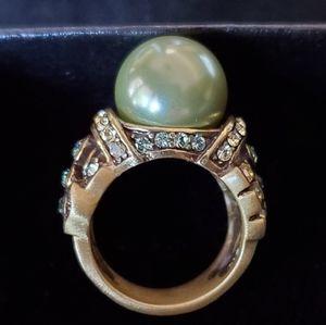 Heidi Daus Green Pearl Ring Sz 6